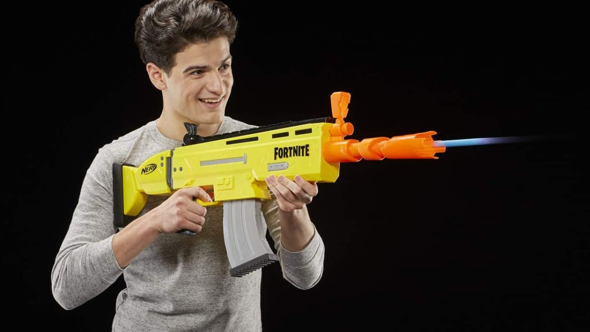 NERF ALERT! Save 40% on Fortnite NERF guns for a last minute Cyber Monday steal