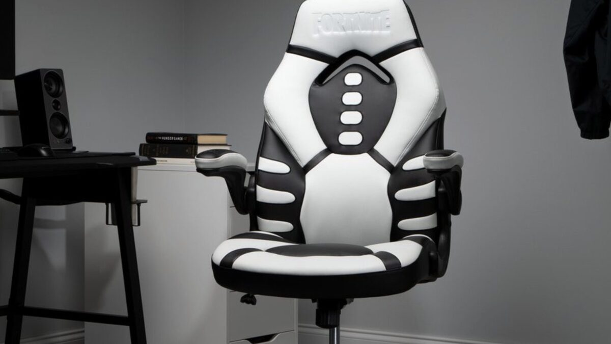 RESPAWN's Fortnite Skull Trooper Gaming Chair plunges to $104 ($70+ off), more